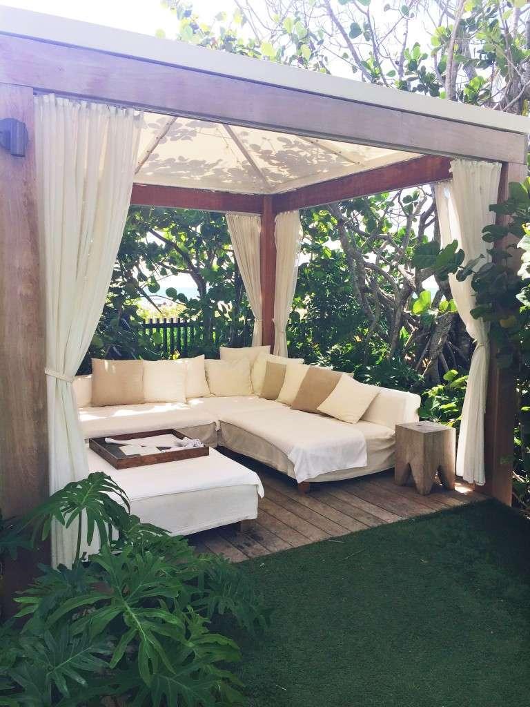 Cabana at The Miami Beach Edition Hotel on Rhyme & Reason Fashion Blog