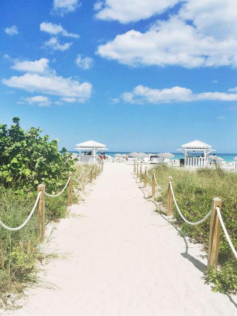 Sand Path on Miami Beach on Rhyme & Reason Fashion Blog