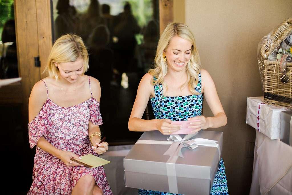 Wedding Wednesday: How to Register