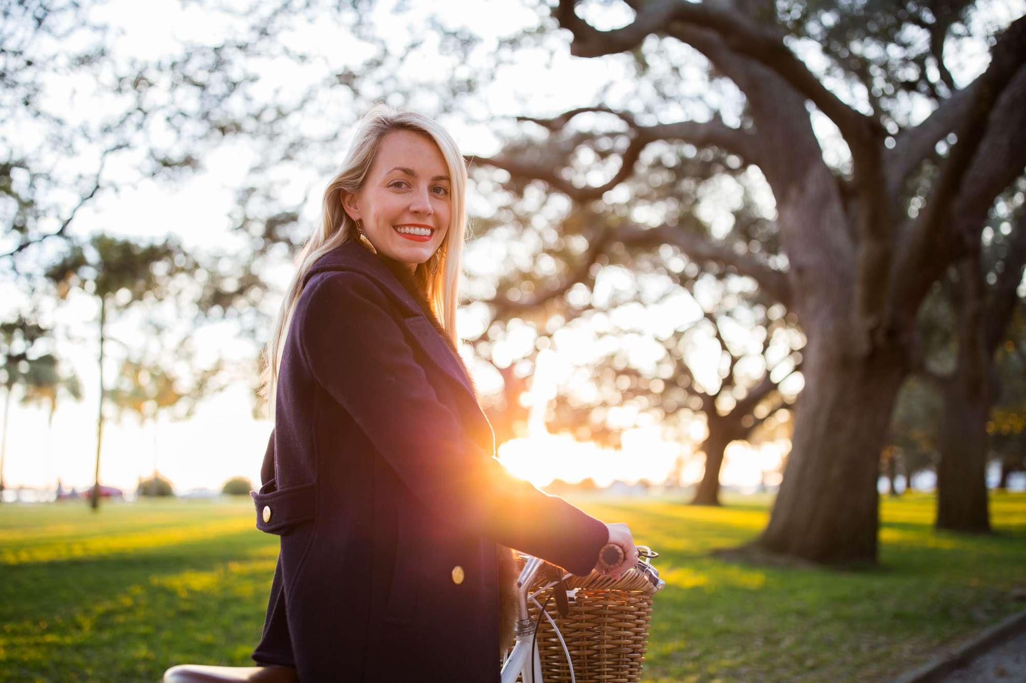 Winter sunset bike ride in White Point Gardens in Charleston // Rhyme & Reason