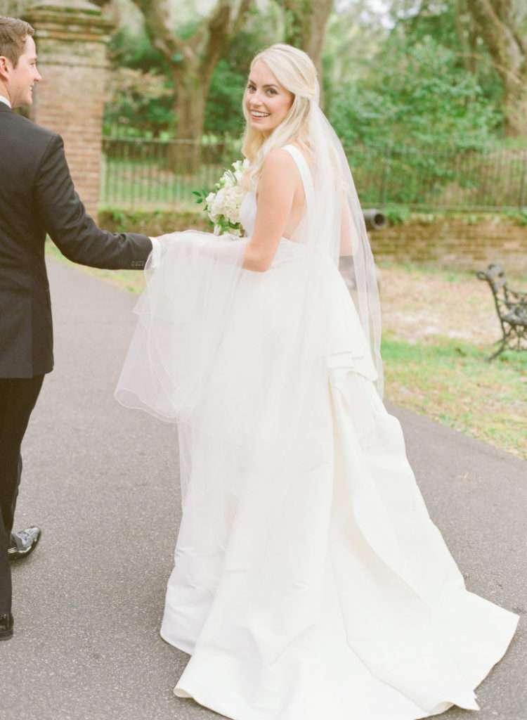 A Charleston Bride on her Wedding Day // Rhyme & Reason