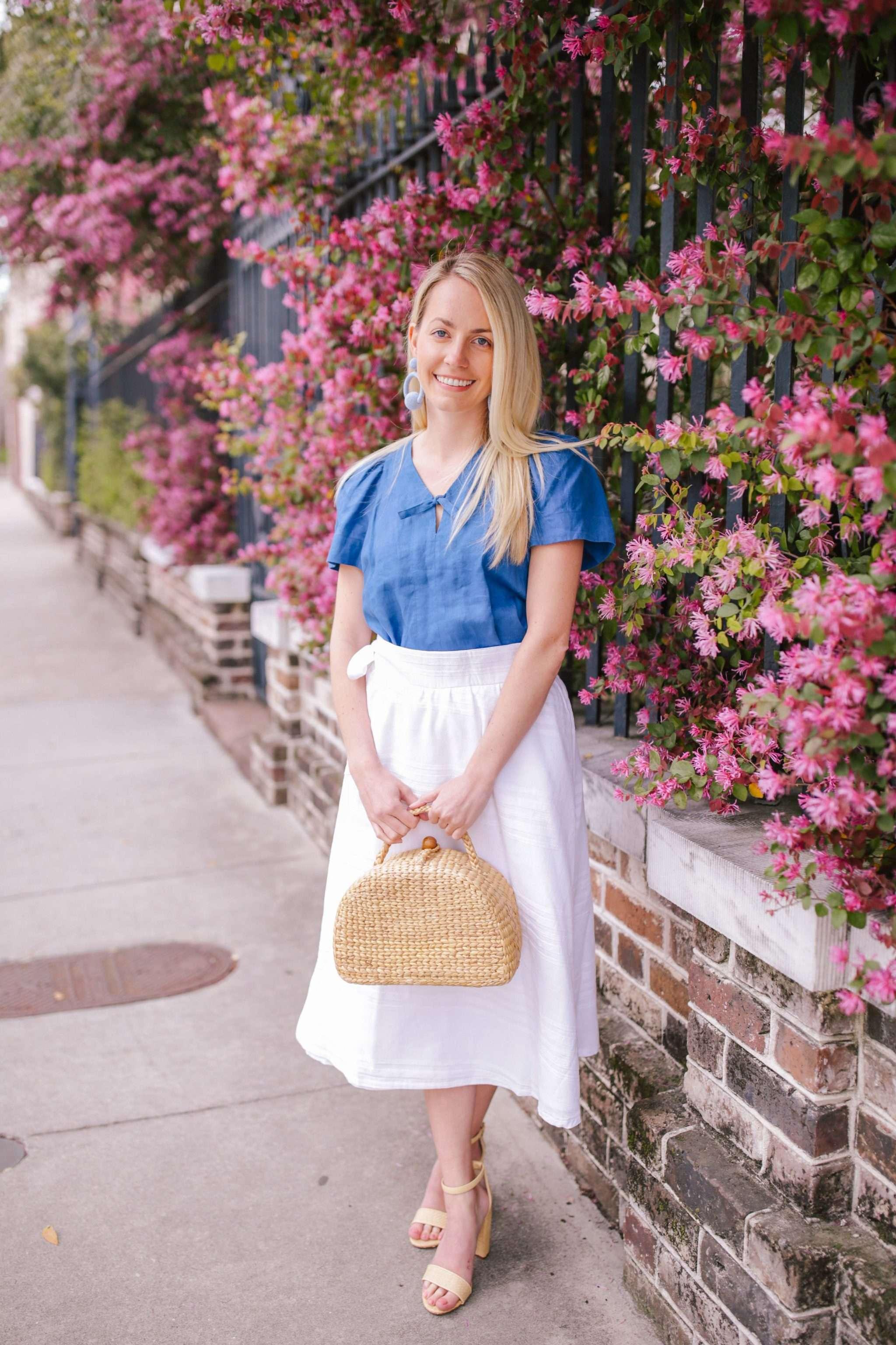 Fresh blue and white outfit ideas + how Jillian Attaway style blue and white outfits in Charleston // Rhyme & Reason