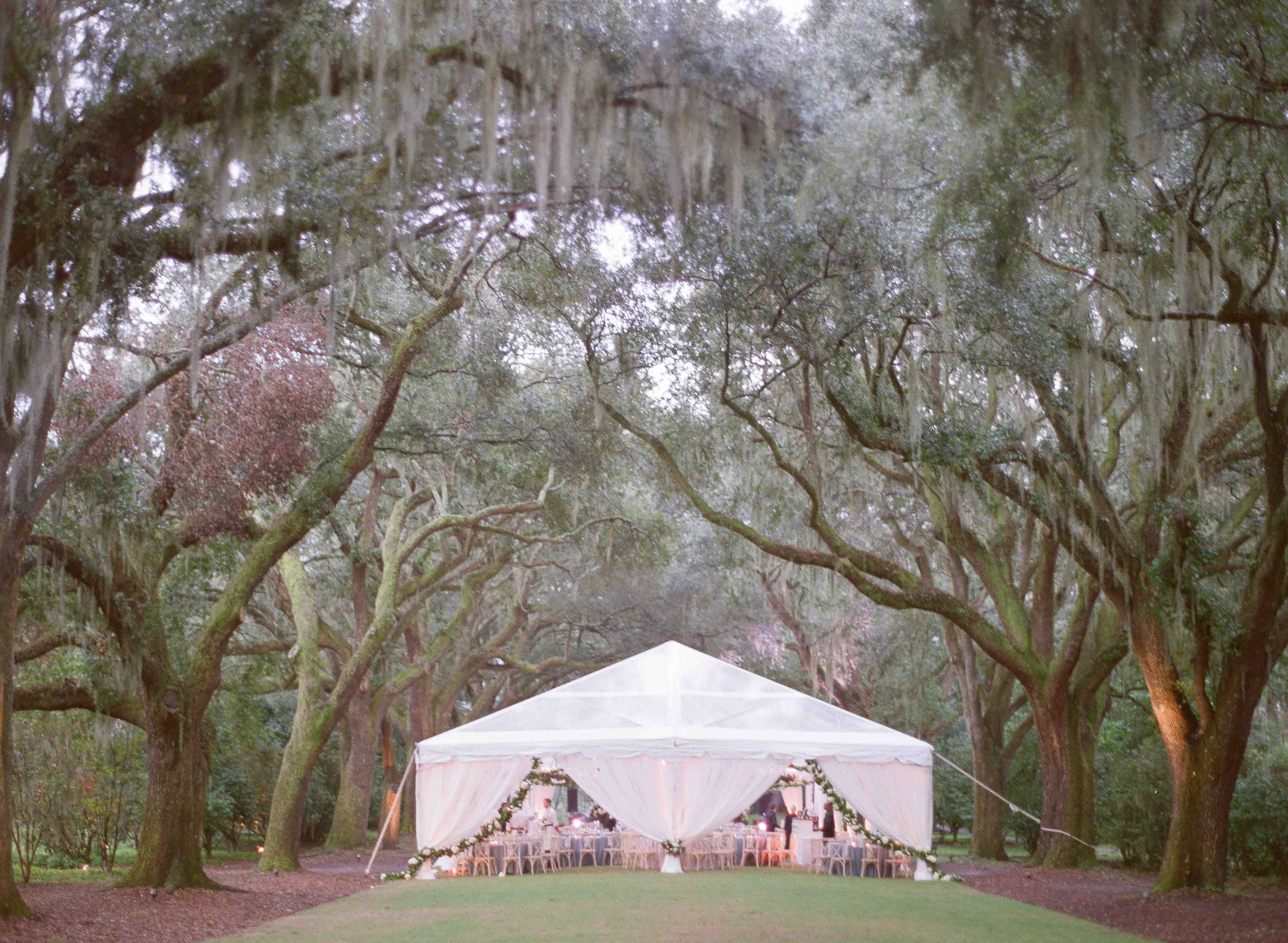Where to get married in Charleston, South Carolina // Rhyme & Reason