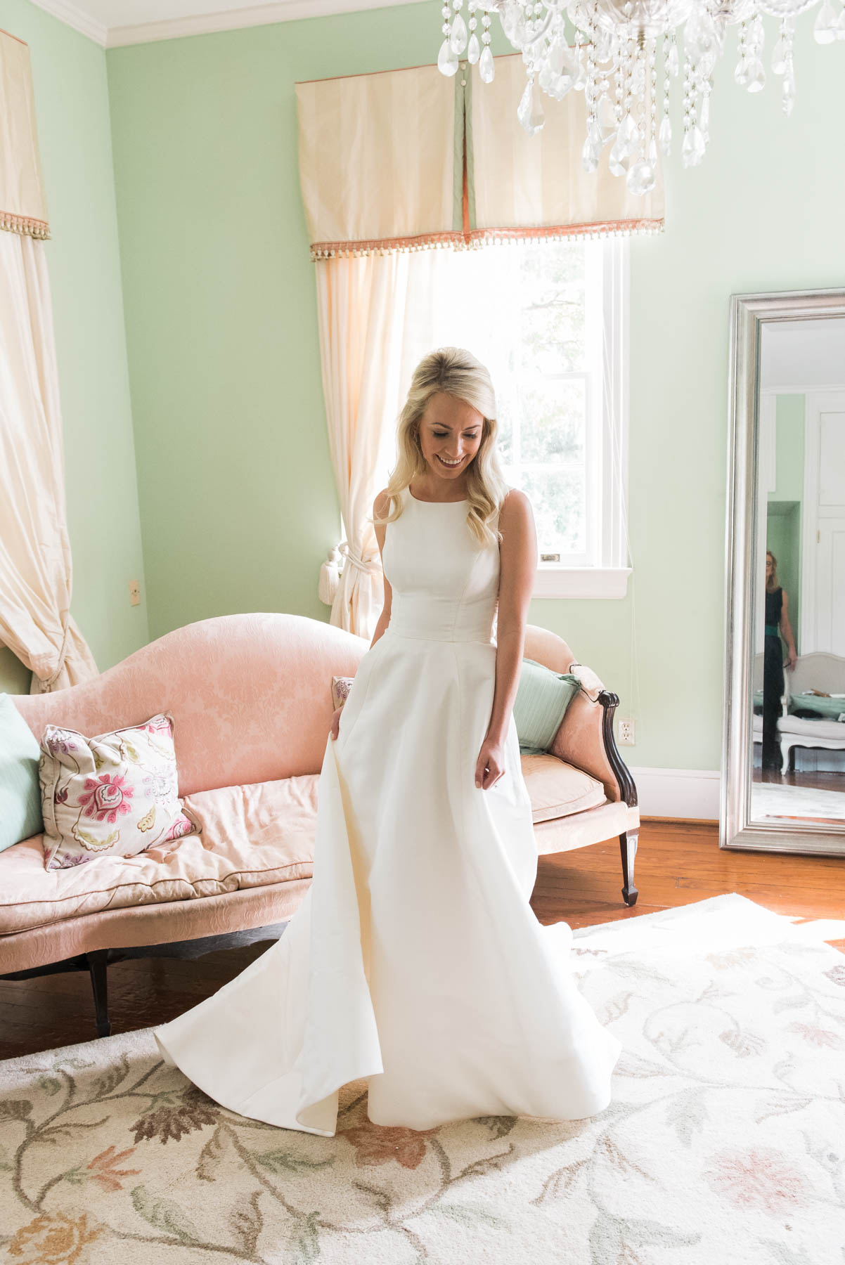 Wedding day getting ready inspiration for the southern Bride // Rhyme & Reason