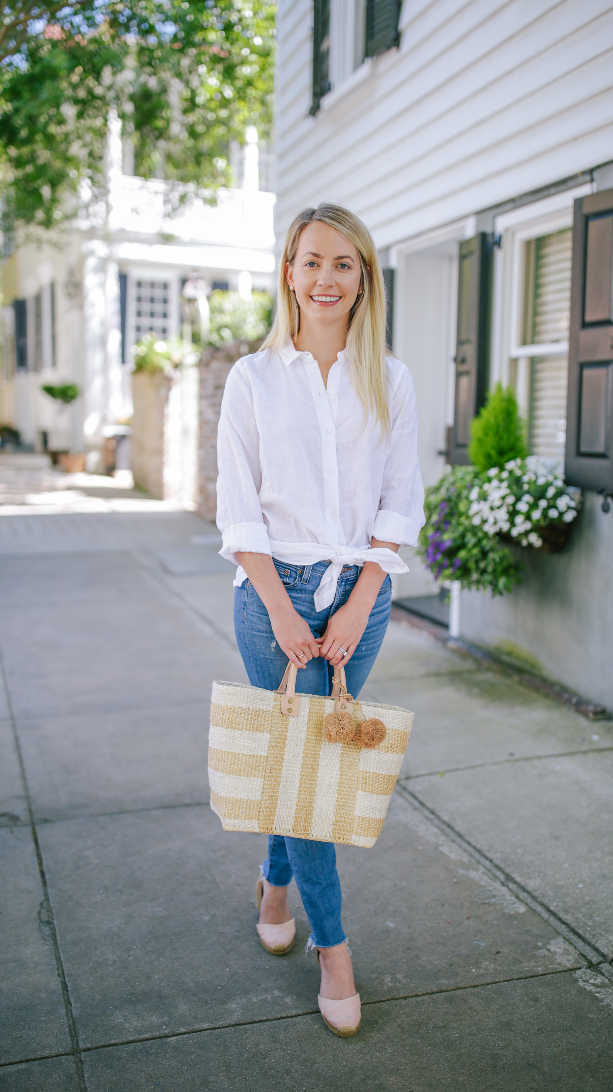 Stripe raffia and seagrass purse inspiration for a coastal wardrobe // Rhyme & Reason