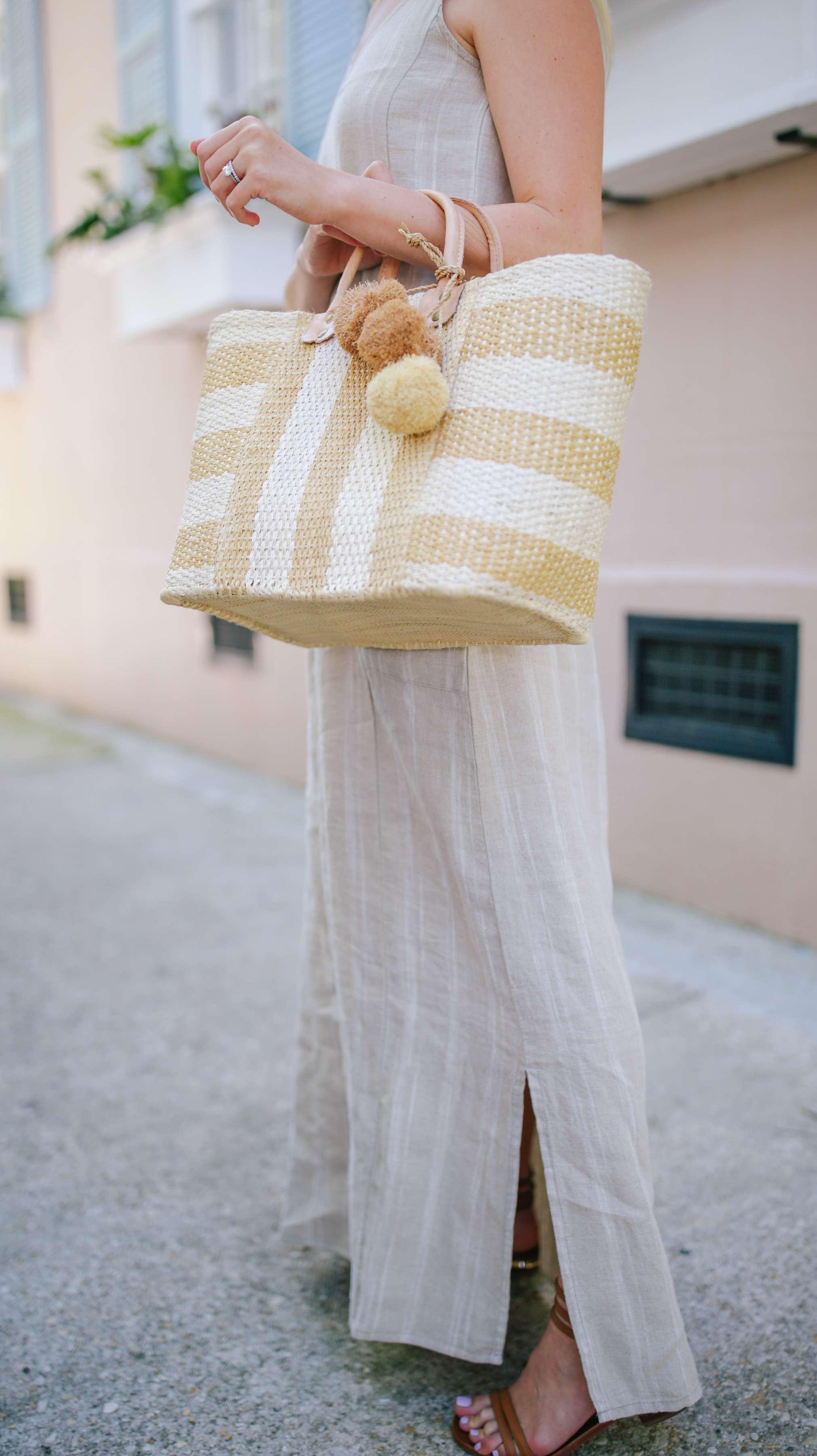 The perfect raffia seagrass basket tote that is handmade through a fair-trade artisans // Rhyme & Reason