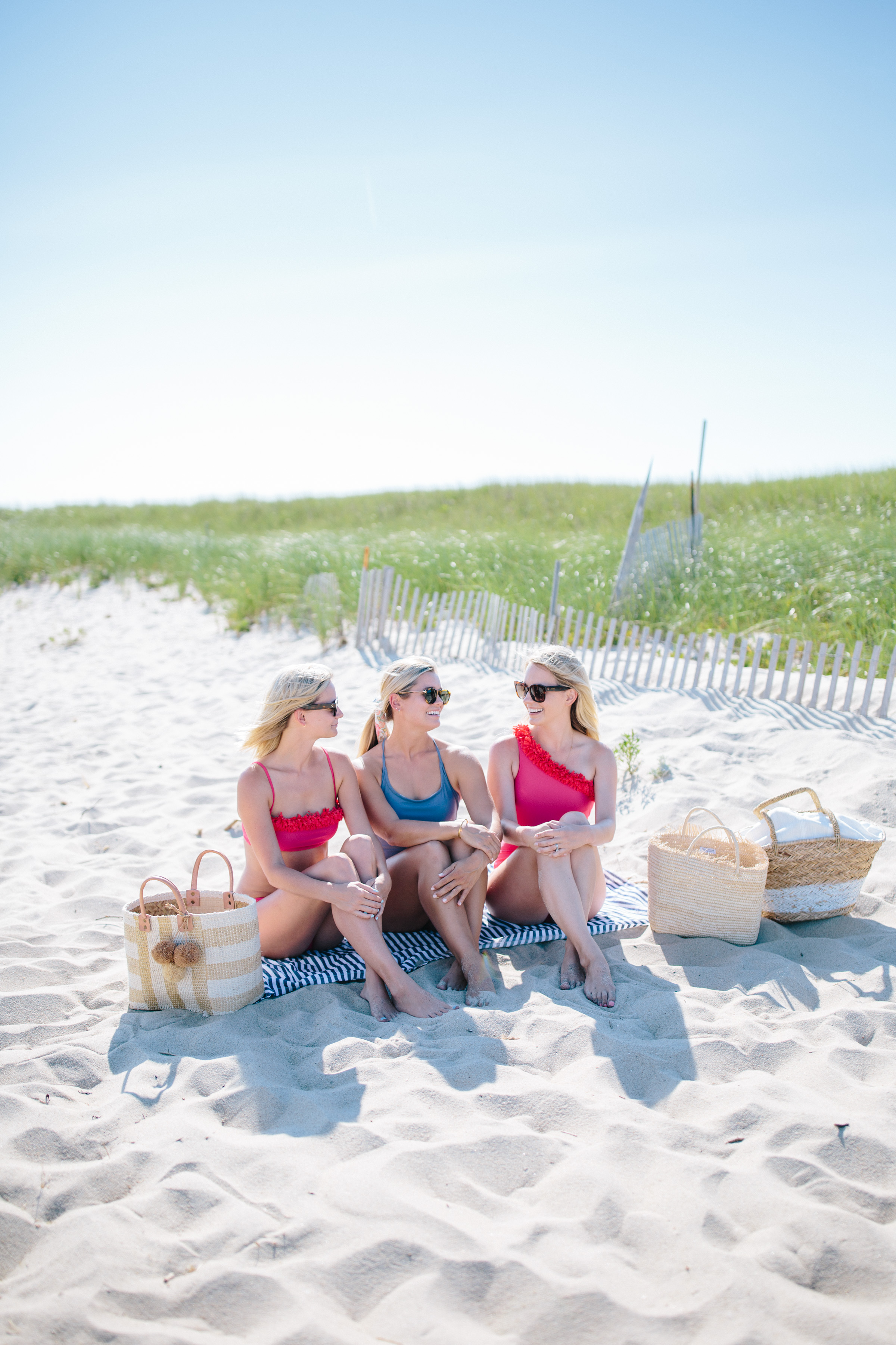 How to spend a perfect summer beach day on Nantucket + a guide to the best beaches on Nantucket // Rhyme & Reason
