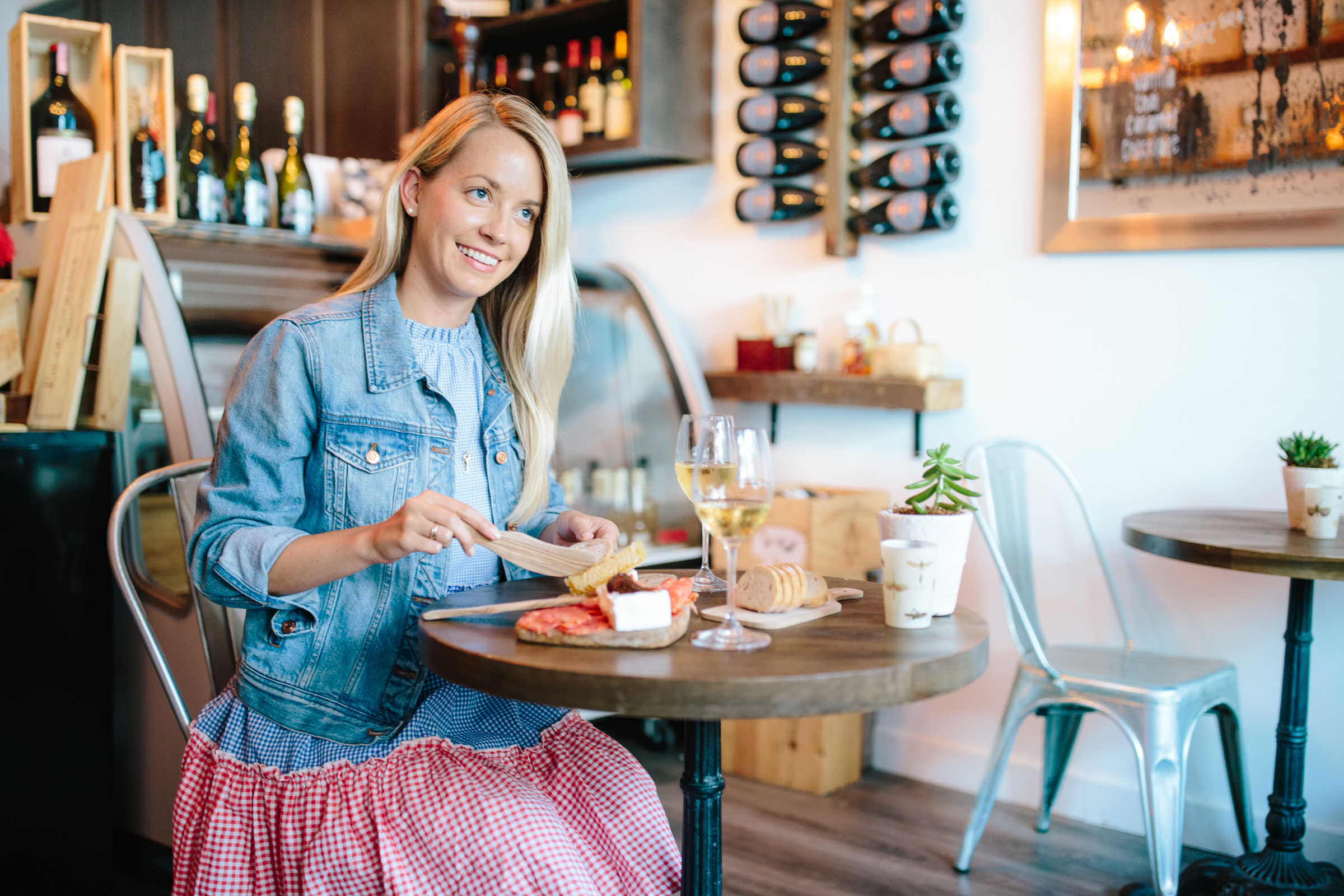 A Guide to Charleston's Best Wine Bars and Shops featuring Rudi's // Rhyme & Reason