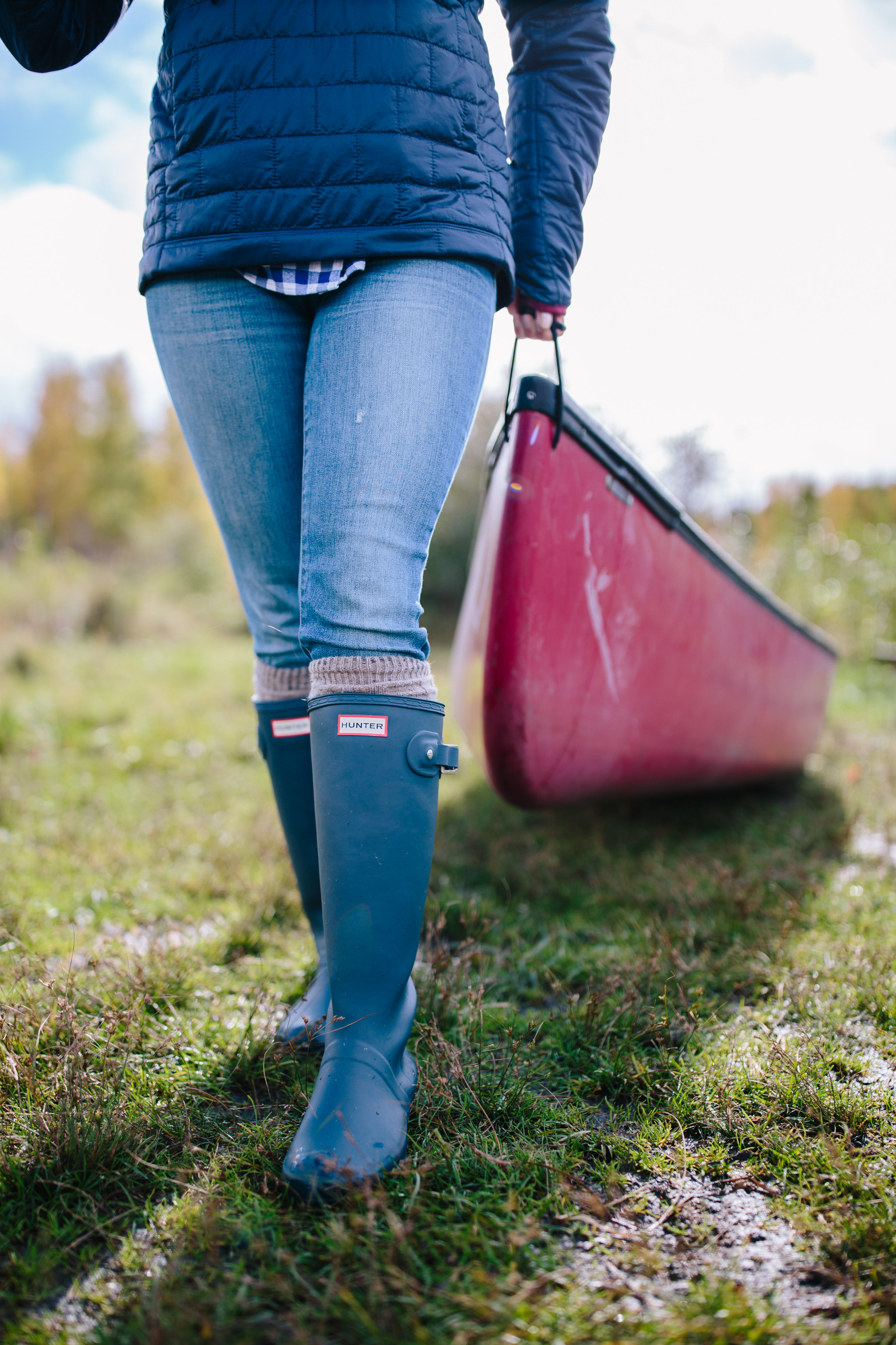 Where to buy Hunter Boots and how to wear Hunter Boots // Rhyme & Reason