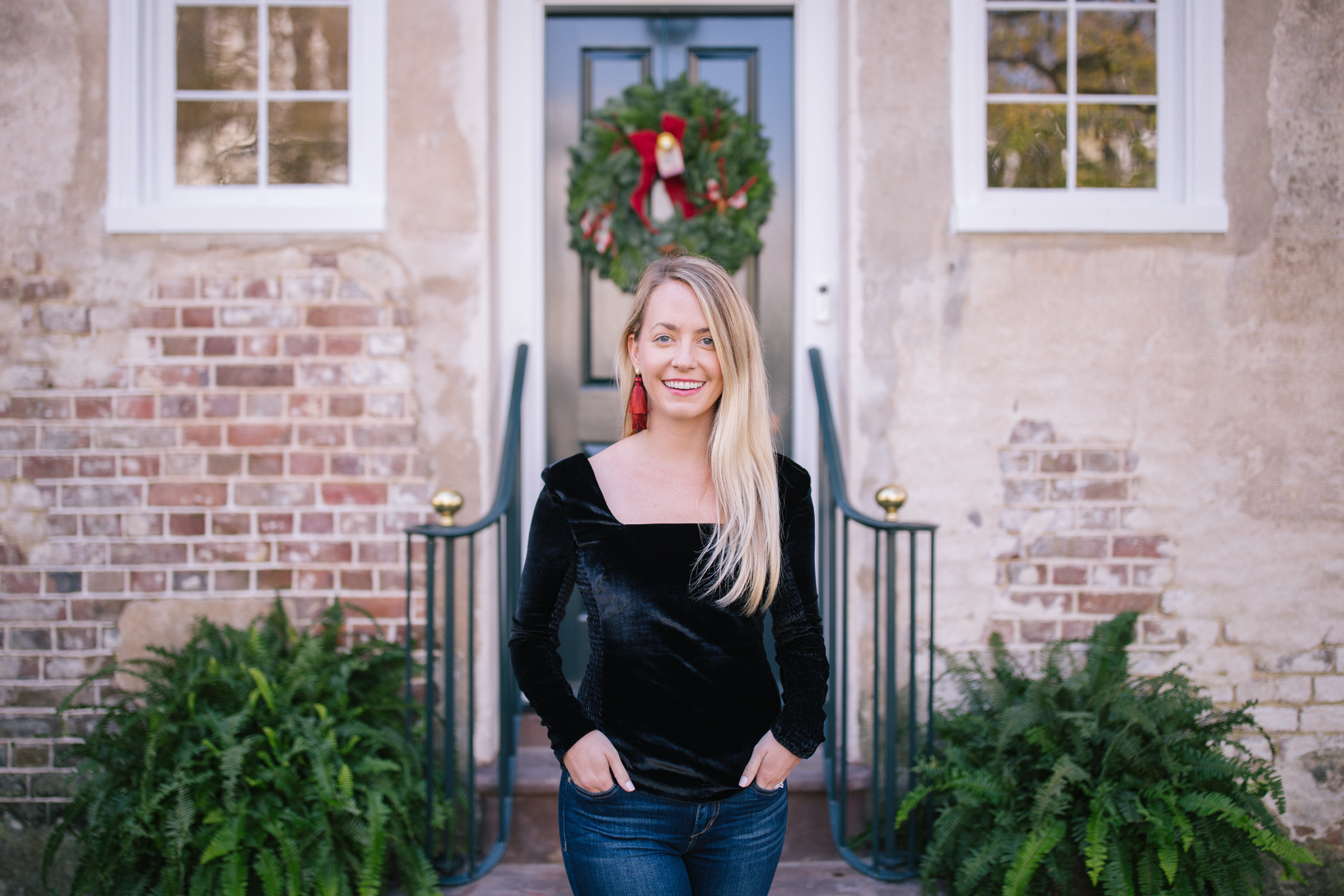 The velvet holiday top you need this season // Rhyme & Reason