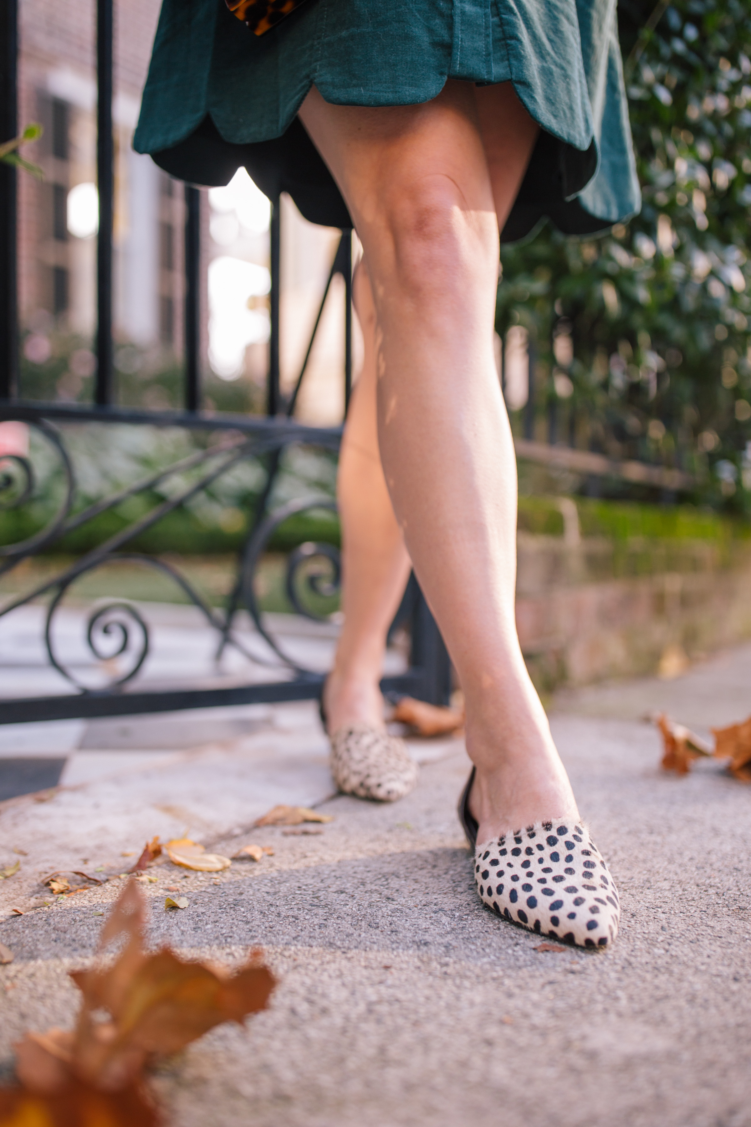 How to wear leopard shoes + what to wear with leopard print shoes // Rhyme & Reason