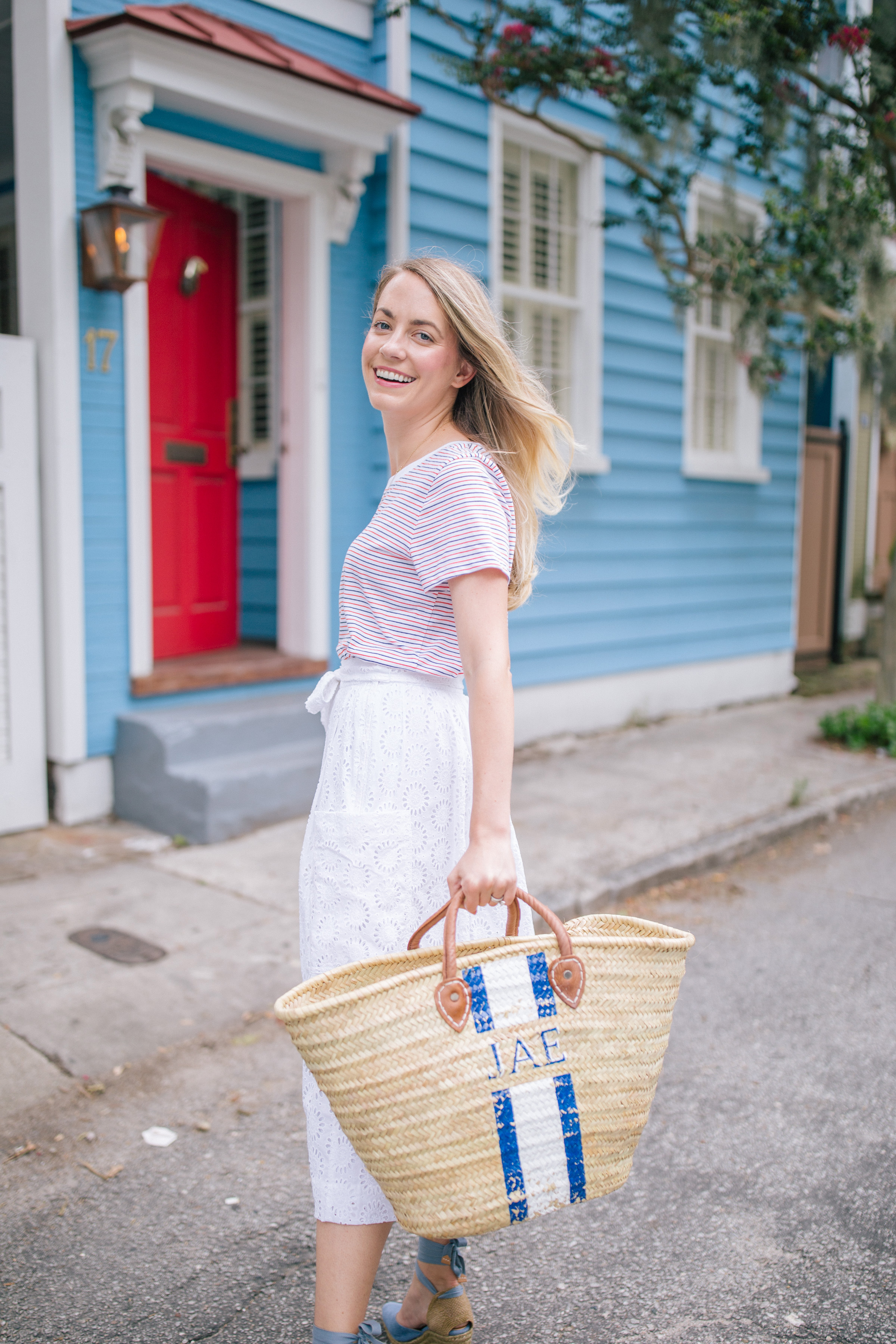 Pretty Ways to Wear Red, White, and Blue This Fourth of July because your July 4th Outfit doesn't have to be Cheesy | Rhyme & Reason
