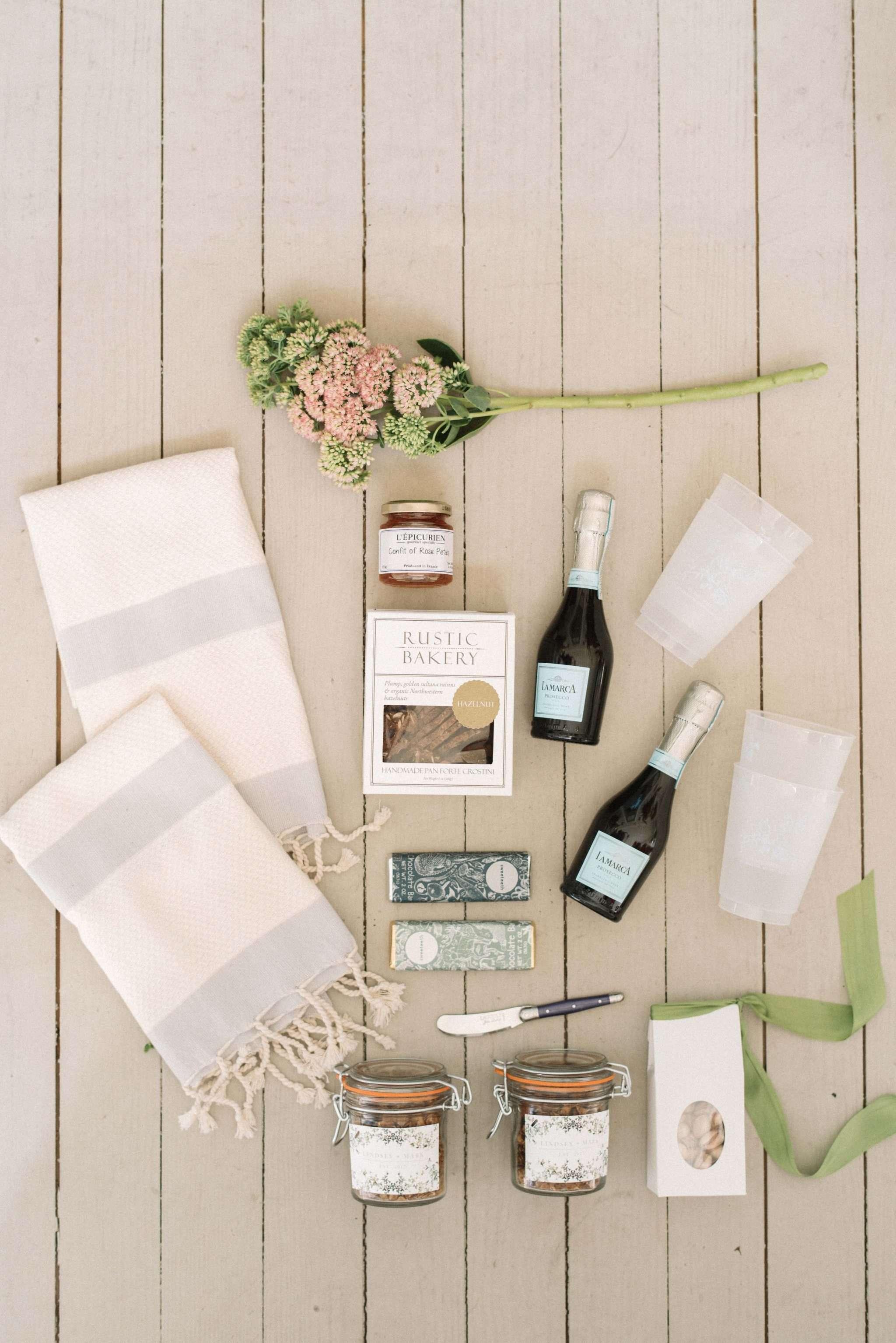 5 Essential Wedding Planning Tips and Tricks   Rhyme & Reason