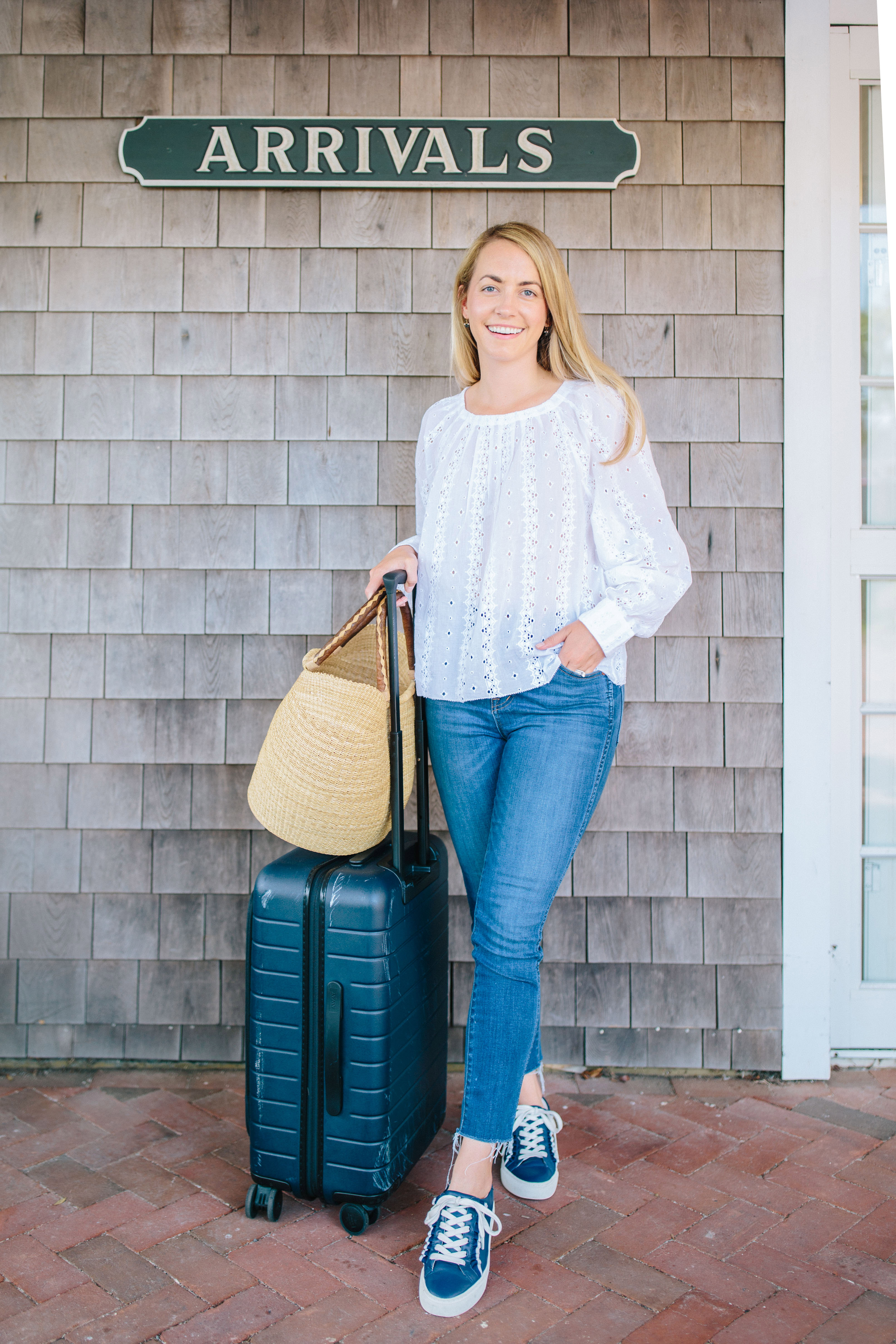 Preppy Travel Outfits to Wear When on the Go | Rhyme & Reason