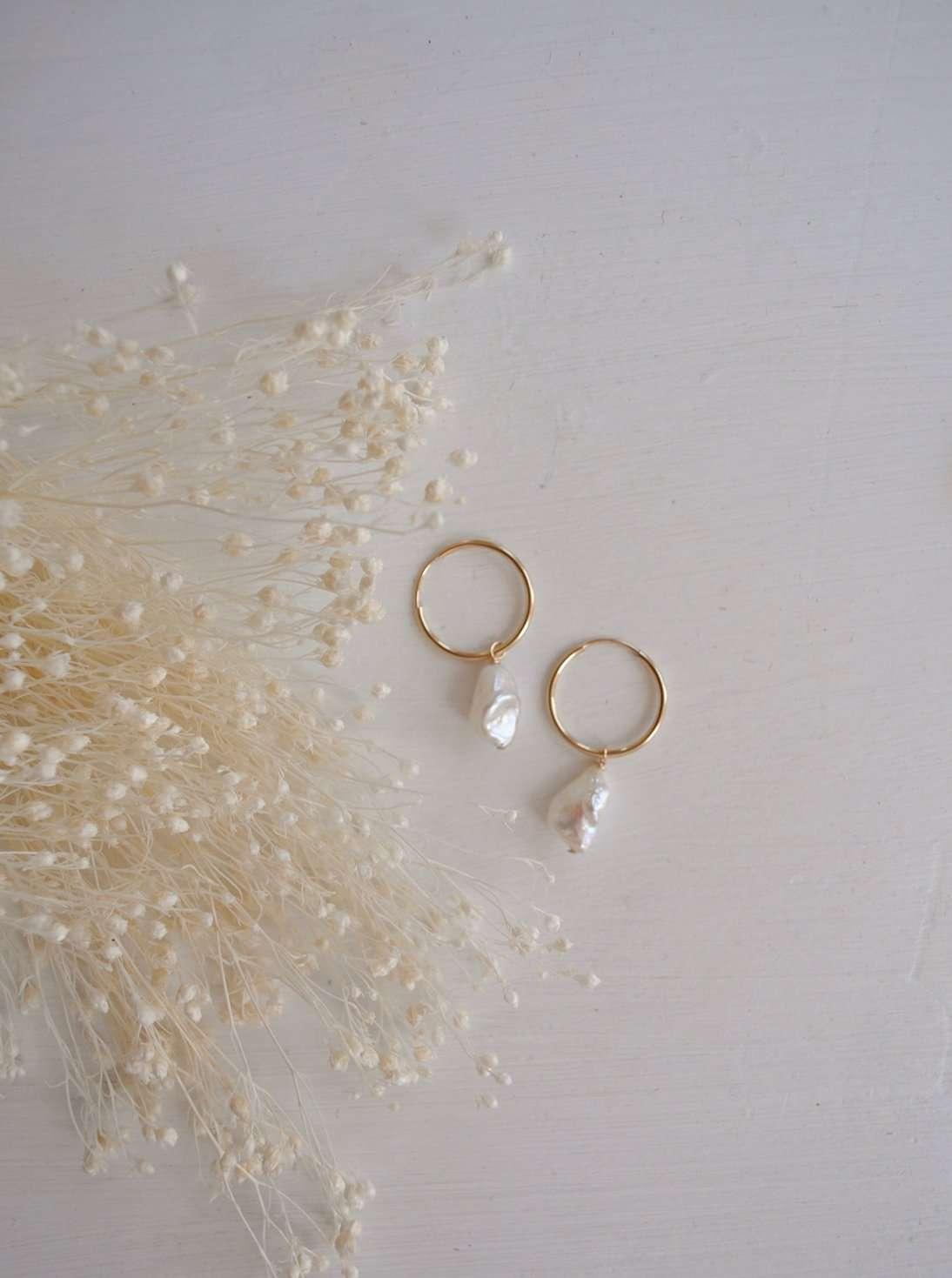 A feminine Earring Company to Love | Rhyme & Reason