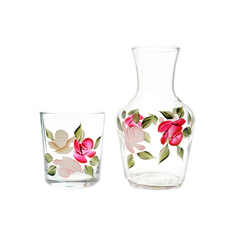 Beautiful glassware gift ideas for the hostess   Rhyme & Reason