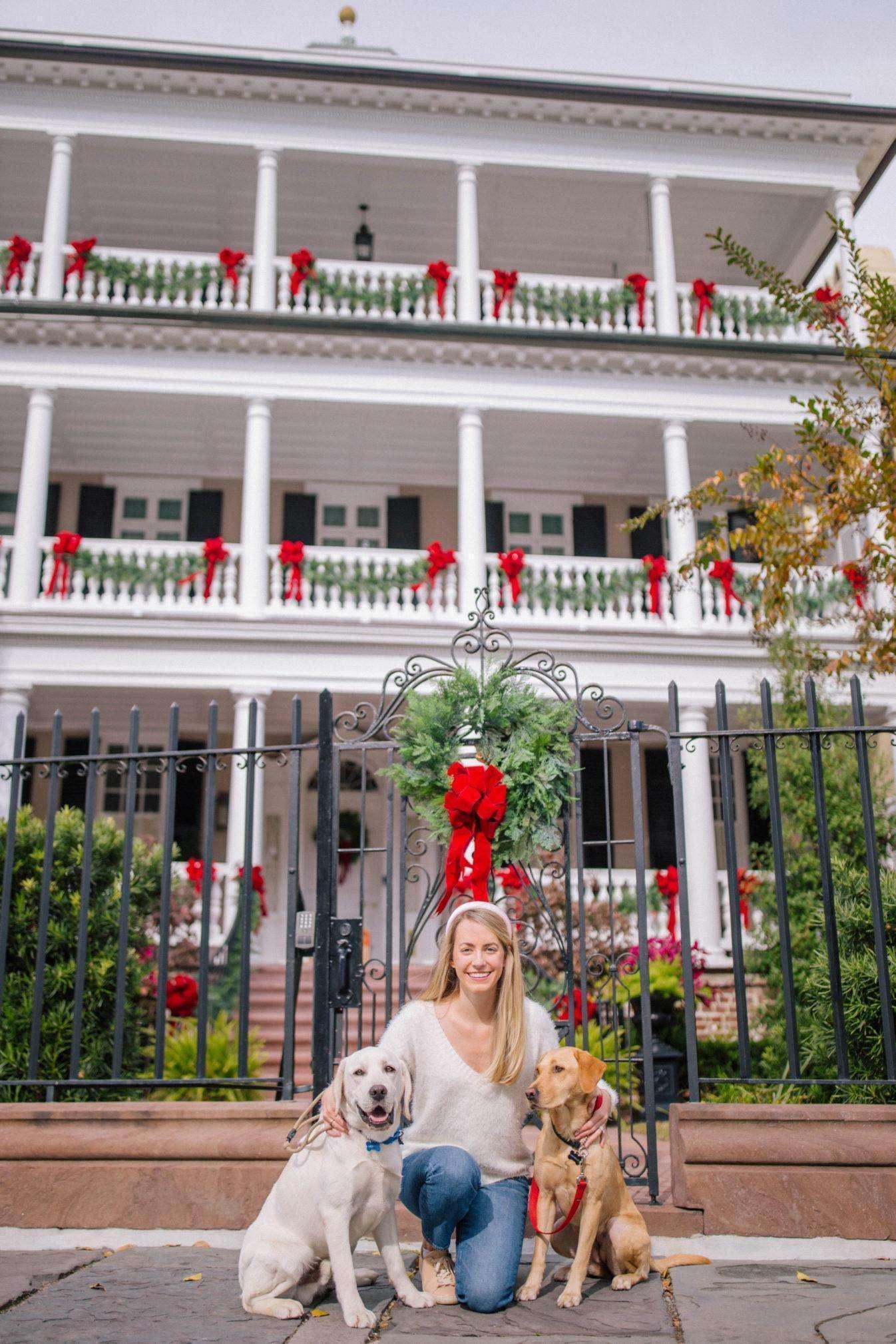 Christmas Spirit in Charleston + Weekend Reads, No. 114 | Rhyme & Reason