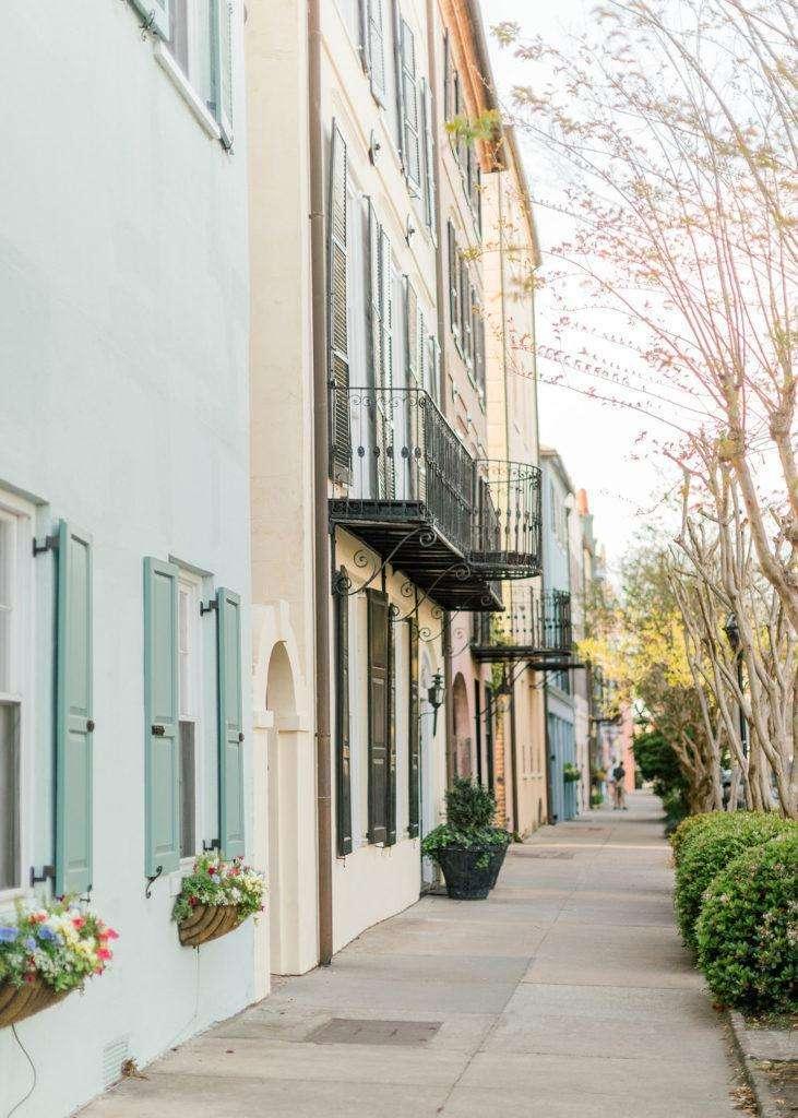 Rainbow Row in Charleston, South Carolina | Rhyme & Reason