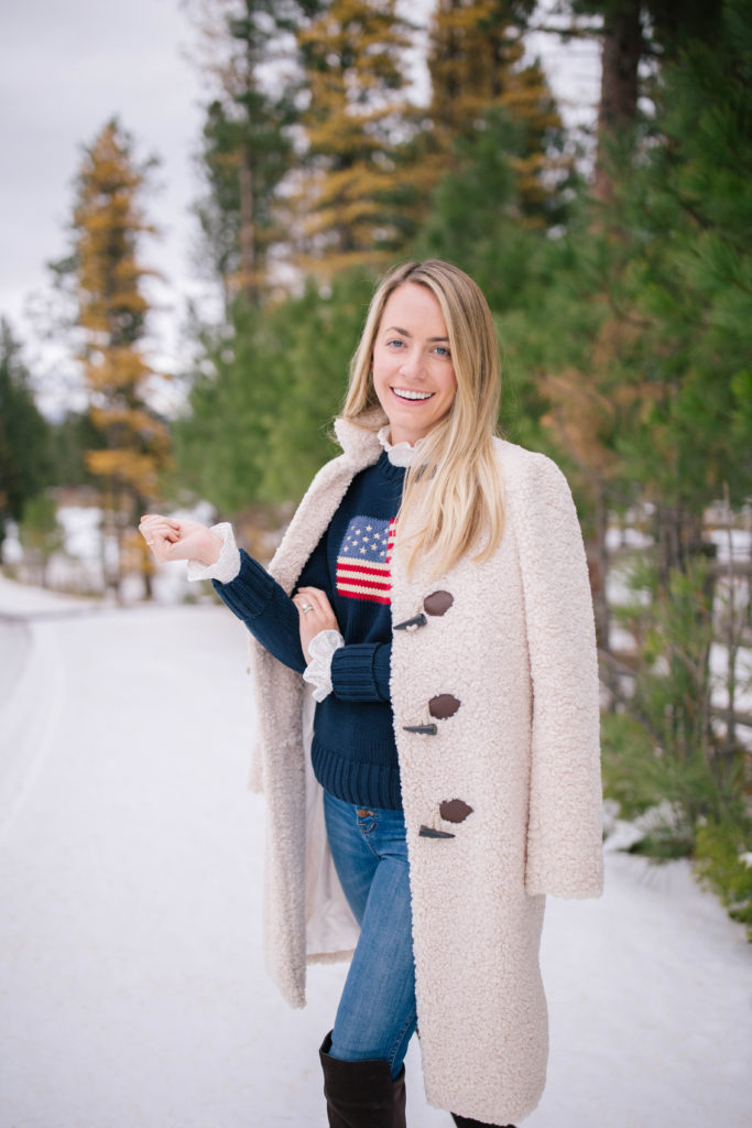 Pretty outfit ideas to wear in the snow | Rhyme & Reason