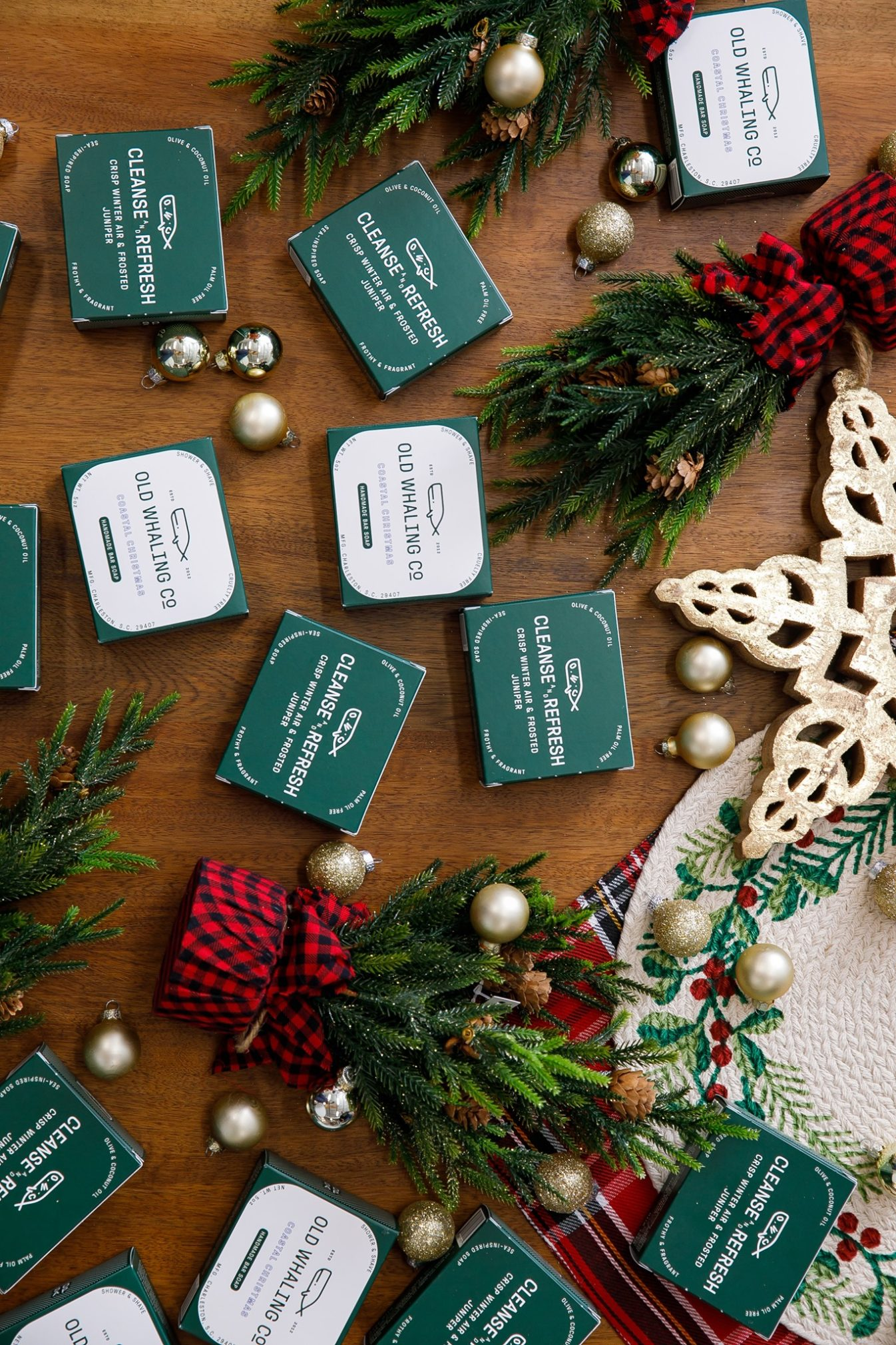 On The 10th Day of Christmas Giveaway Old Whaling Co. Coastal Christmas Collection | Rhyme & Reason