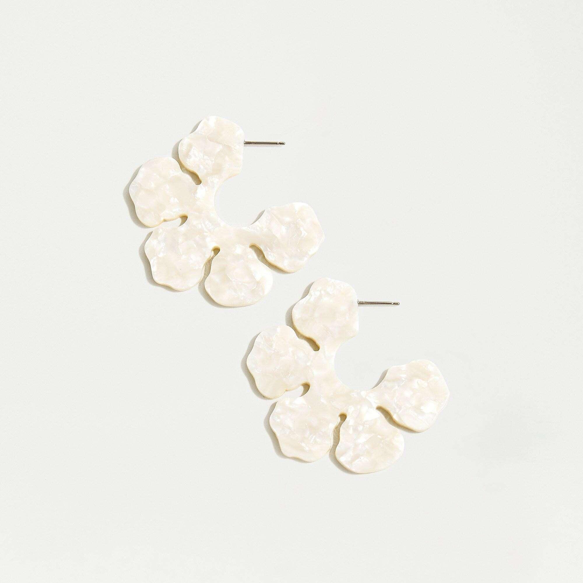 Resort Wear Finds Under $100: Flower Hoops | Rhyme & Reason