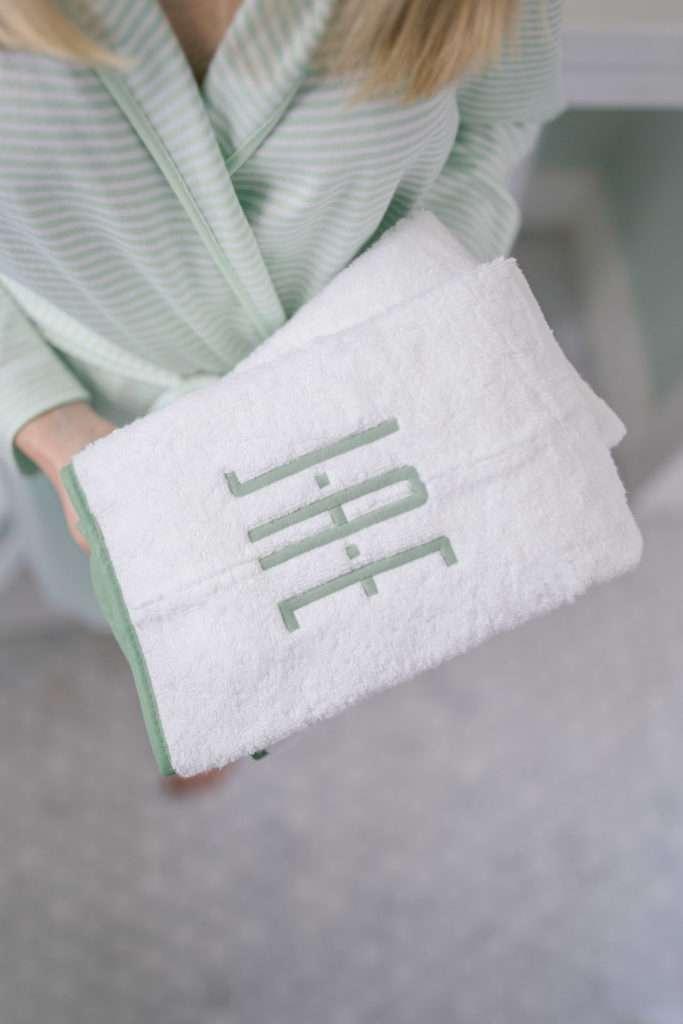 10 Ways to Refresh Your Bath on a Budget | Rhyme & Reason