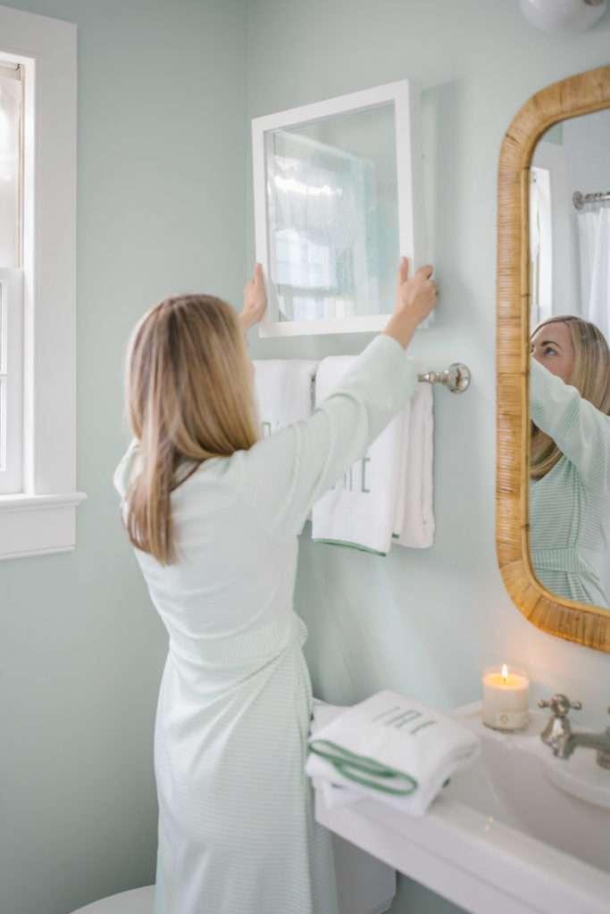 10 Small Bathroom Decorating Ideas | Rhyme & Reason